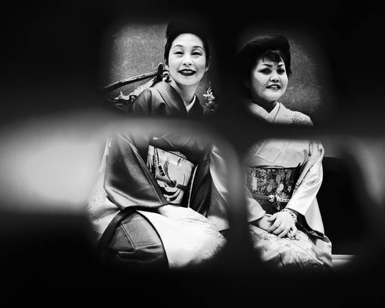 Two aging geishas 1