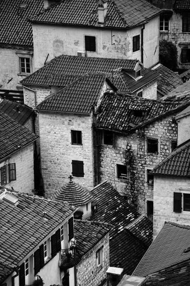 Kotor_roofs