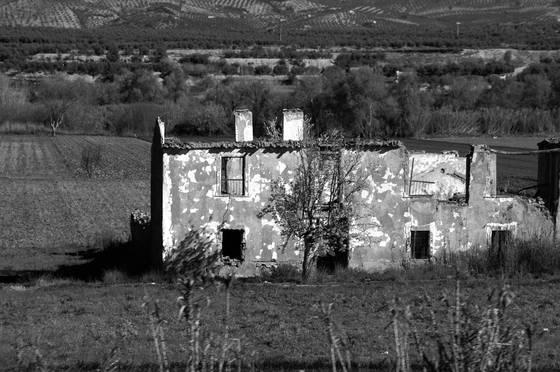 Ruined_villa