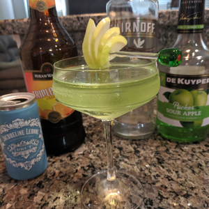 Sour Apple Champagne Cocktail