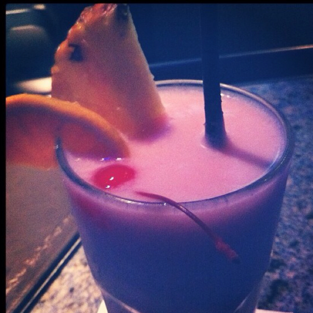 Banana berry colada
