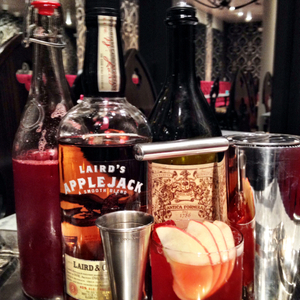 Apple/cranberry Shrub