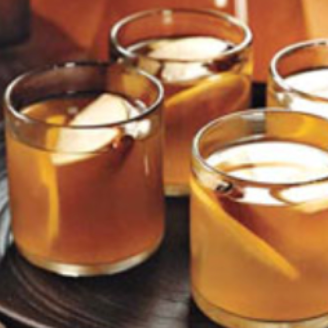 Apple-Brandy Hot Punch