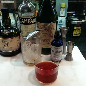 Right Hand Cocktail