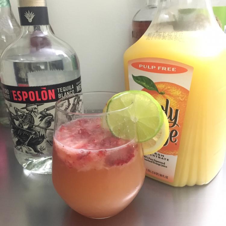 Strawberry-Citrus Tequila Fizz