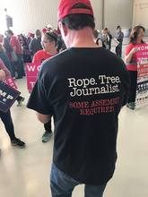 Journalist shirt 1478531835032 2246239 ver1.0
