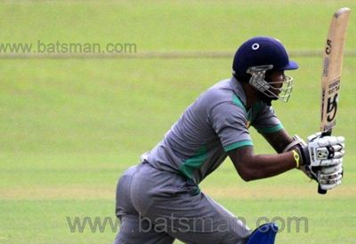 Wayamba gets through to the final with ease