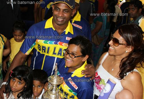 Sanath, Sandra and their Kids...