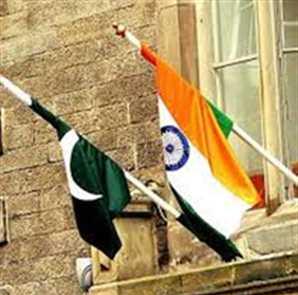 Kamran`s blinder hurts India in warm-ups