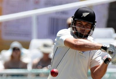 Black Caps look to dig themselves out of hole