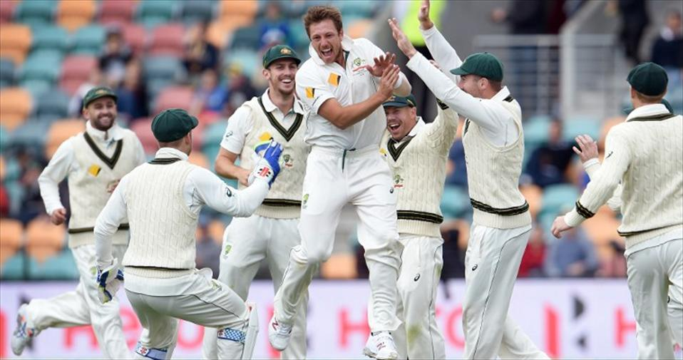 Aussies inflict a 3-day rout on West Indies