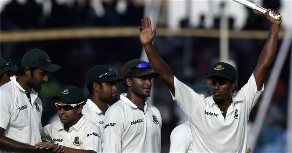 Bangladesh sink Zimbabwe to clinch Test series