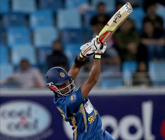 Chandimals bat talks against recent critics