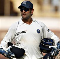 Dhoni to lead India