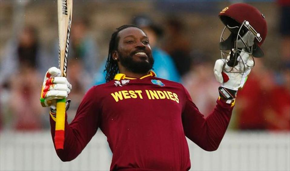 Gayle hits fastest 200!