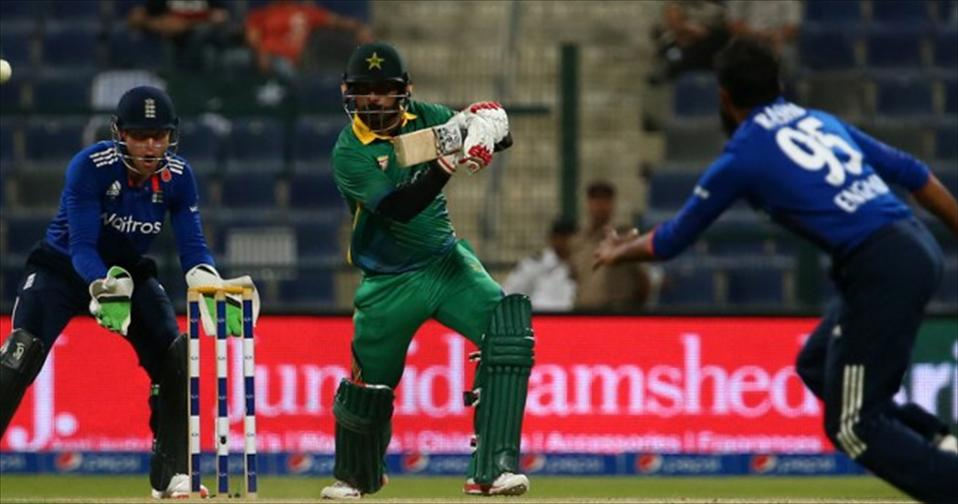Hafeez bats Pakistan to lead in four-match race