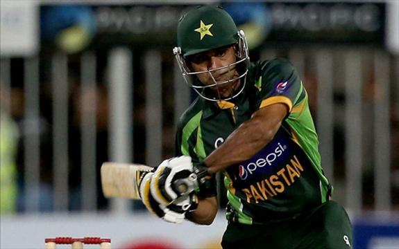 Hafeez blasts his best ever ODI ton