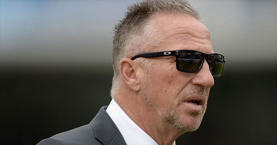 Ian Botham feels that IPL should not exist