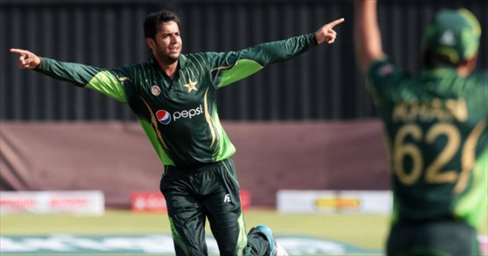 Imad bowls Pakistan to Victory