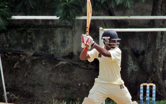 Kavin scores 100 while DS lose on 1st innings