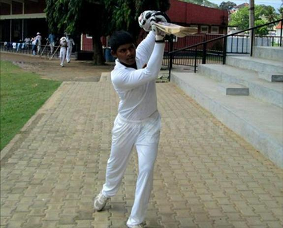 Lasith Lakshan goes pass 1000 runs – 2013/14