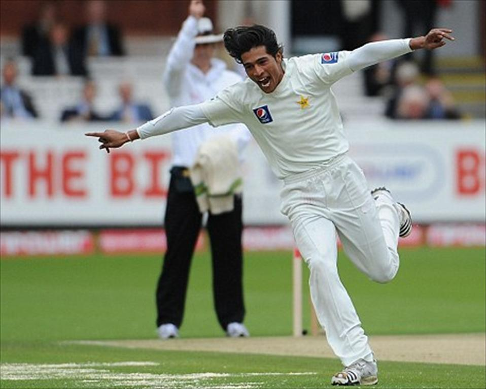 Mohammad Amir injures toe