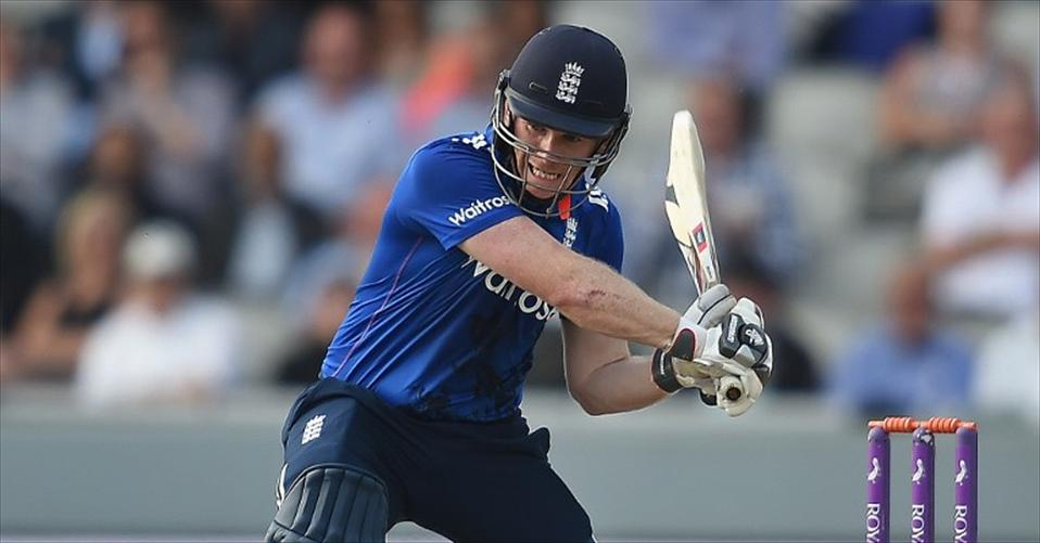Morgan leads chase as England level Series