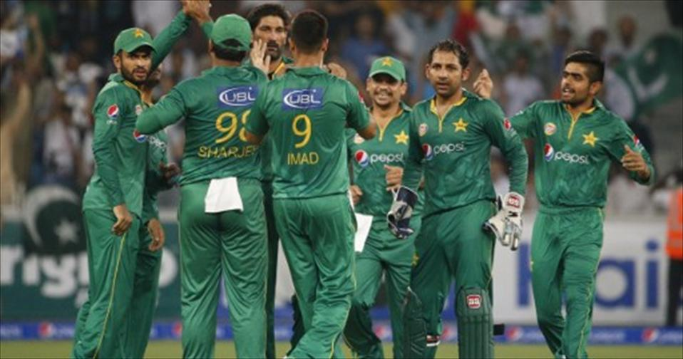 Pakistan batsmen and bowlers combine to humiliate T20 World Champs