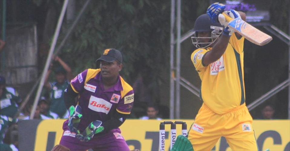 Past cricketers of sri sumangala thrash Royal , Panadura at the finals