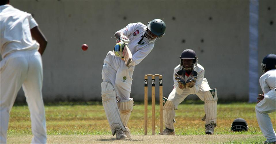 Pramods ton helps Isipathana win on 1st ings