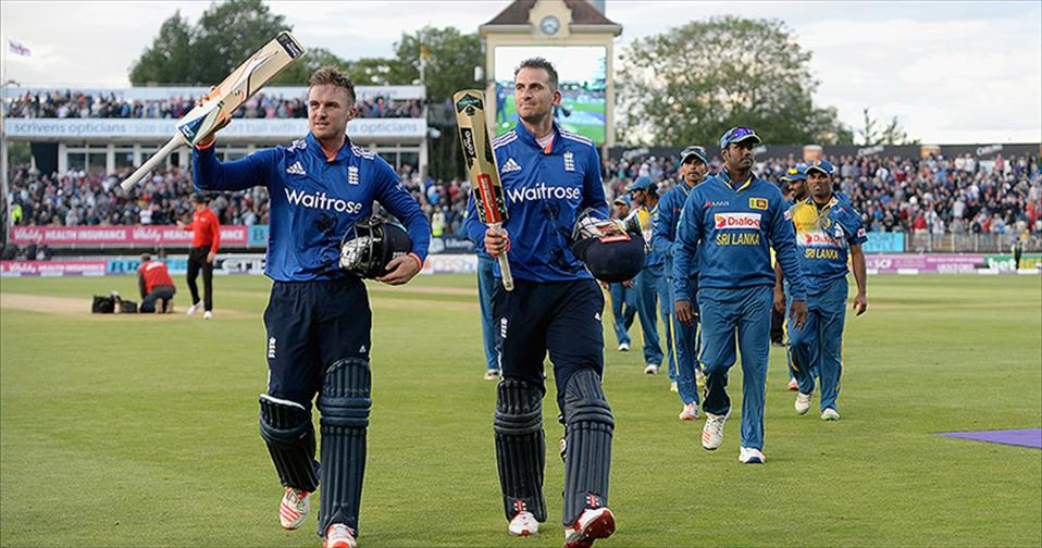 Roy and Hales sink Lanka in record Stand