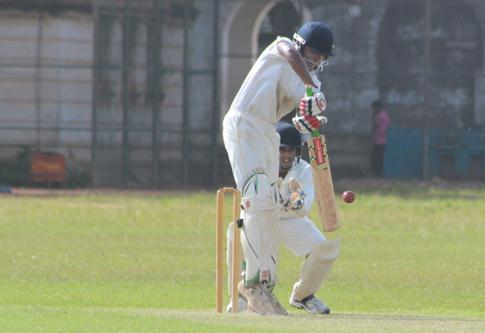 Royal College vs Nalanda College U17 Div1