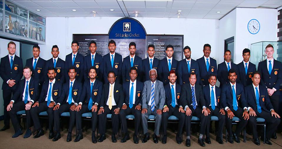 SL Mens team leaves for ICC World T20 in India