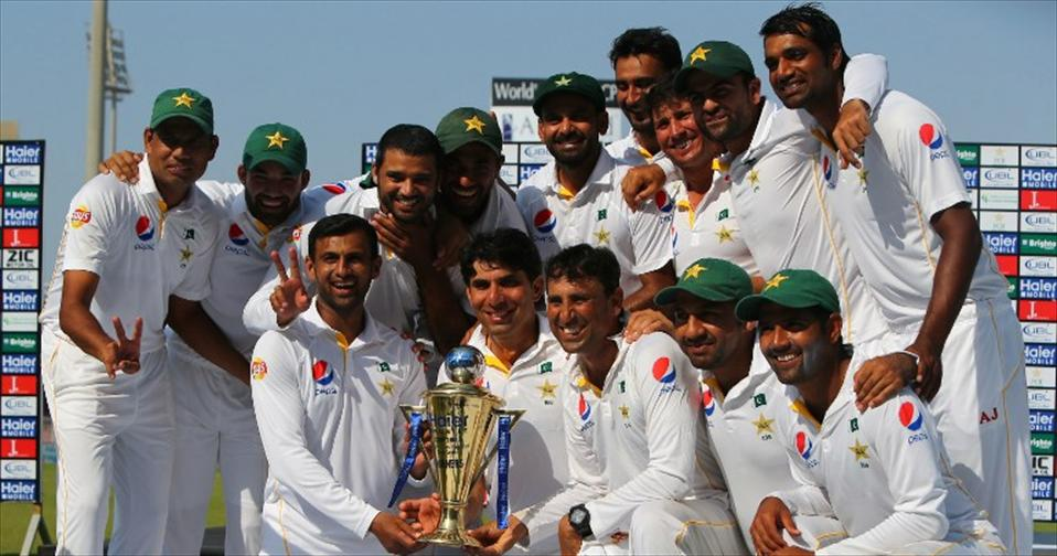 Shah & Malik spin Pakistan to victory in 3rd Test