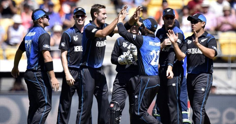 Southee hands England an eight-wicket drubbing
