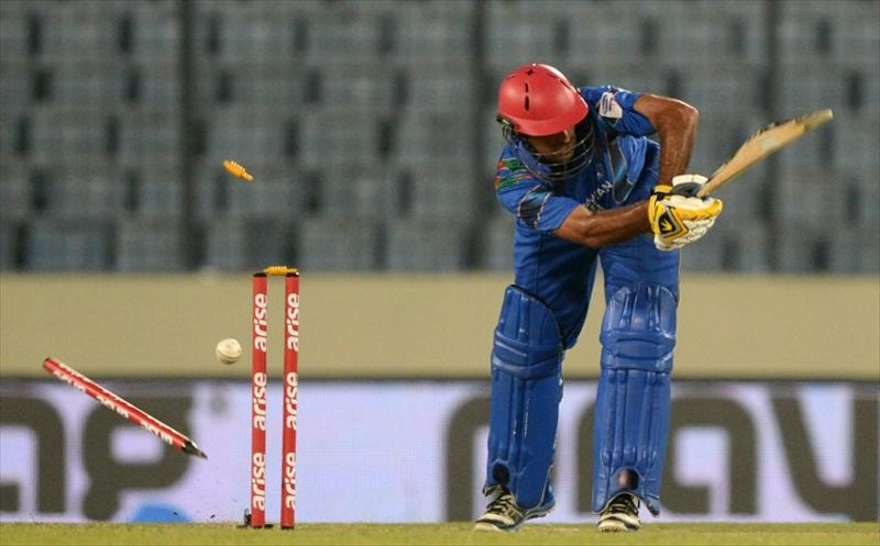 Sri Lanka crush Afghanistan to secure Finals berth