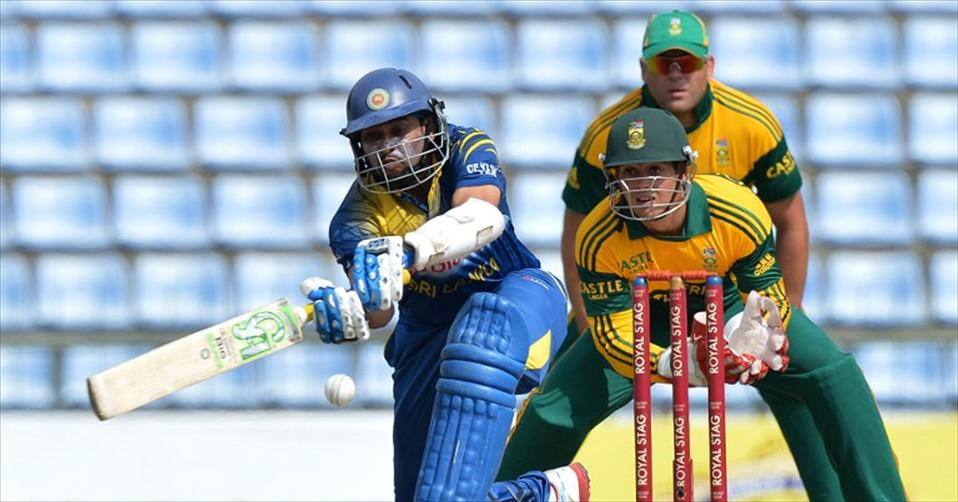 Sri Lanka level series to stay in contention