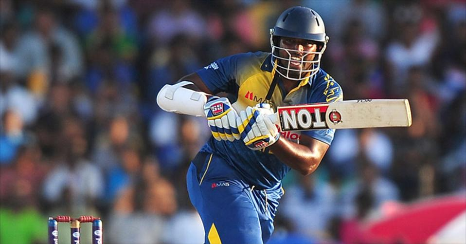 Sri Lanka thump Pakistan by 77 runs