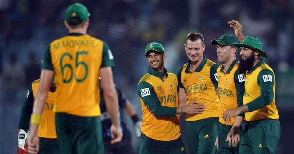 Steyn helps SA to stay in the competition