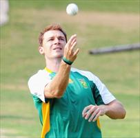 Steyn misses training with flu
