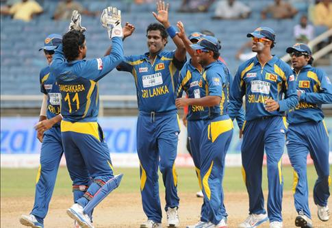 Tharanga, Jayawardene Demolish India...