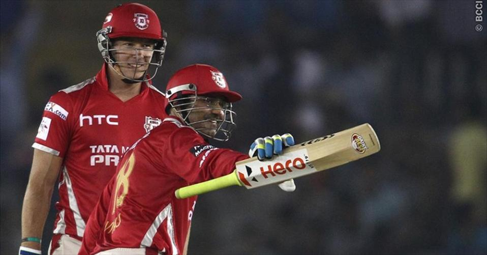 Third straight triumph puts Kings XI in semies