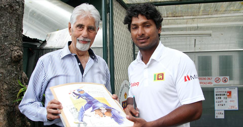 Token of appreciation for Mahela & Sanga