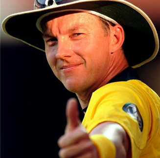 Brett Lee celebrates IPL win and is now on the verge of becoming Australia's most prolific ODI bowler
