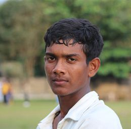 Ramesh Mendis : a match bag of 12 for 103