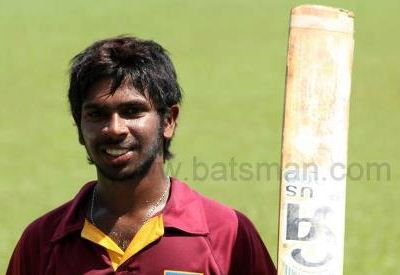 Niroshan Unfolds another Fine Century