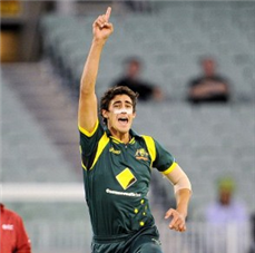Left-arm quick Mitchell Starc called into Australia squad as injury cover for final ODI