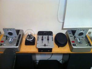 studio-equipment-8