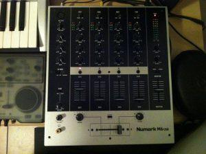 studio-equipment-9