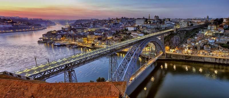 Oporto: La ciudad del vino, a orillas del Duero